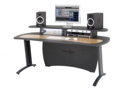 AKA Design ProMedia desk